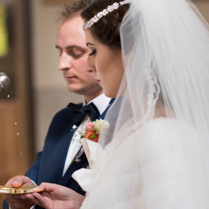 Zachytiť tak veľa za tak krátky čas, aj to je úloha svadobného fotografa