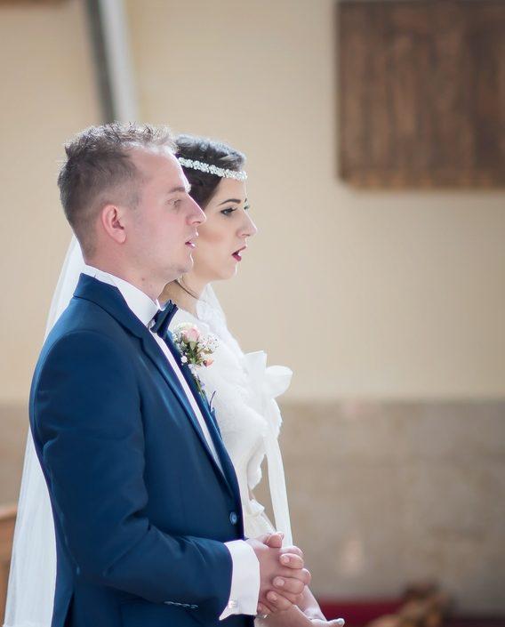 Aj svadobný fotograf je ten, ktorý stojí pri vás vo váš výnimočný deň