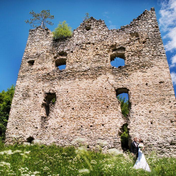 Dvojica si pre svadobné fotky zvolila miesto, ktoré dýcha históriou