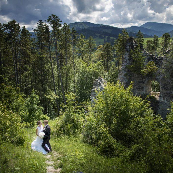 Profesionálne fotenie v prírode si častokrát vyžaduje množstvo úsilia a pevné topánky